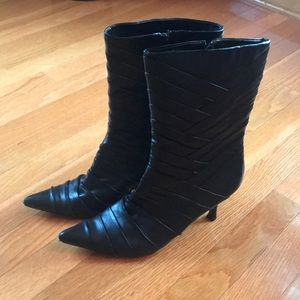 Kenneth Cole Reaction black boots size 8.5